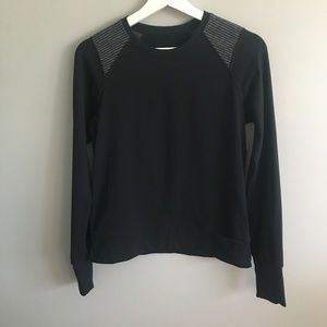 Lululemon Black Long Sleeve Pull Over #024